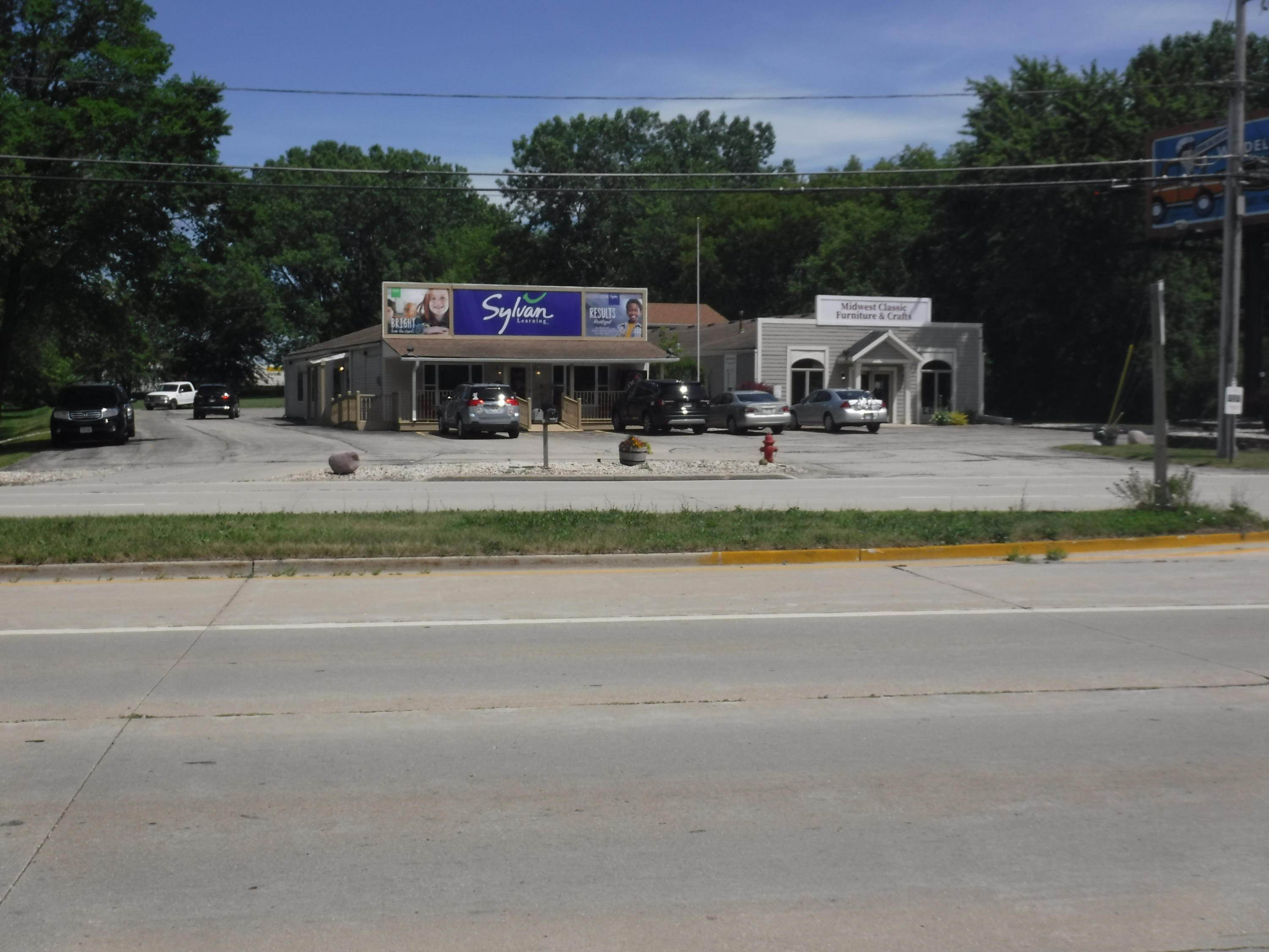 Commercial / Industrial for Sale at 7863 Green Bay Road Kenosha, Wisconsin 53142 United States