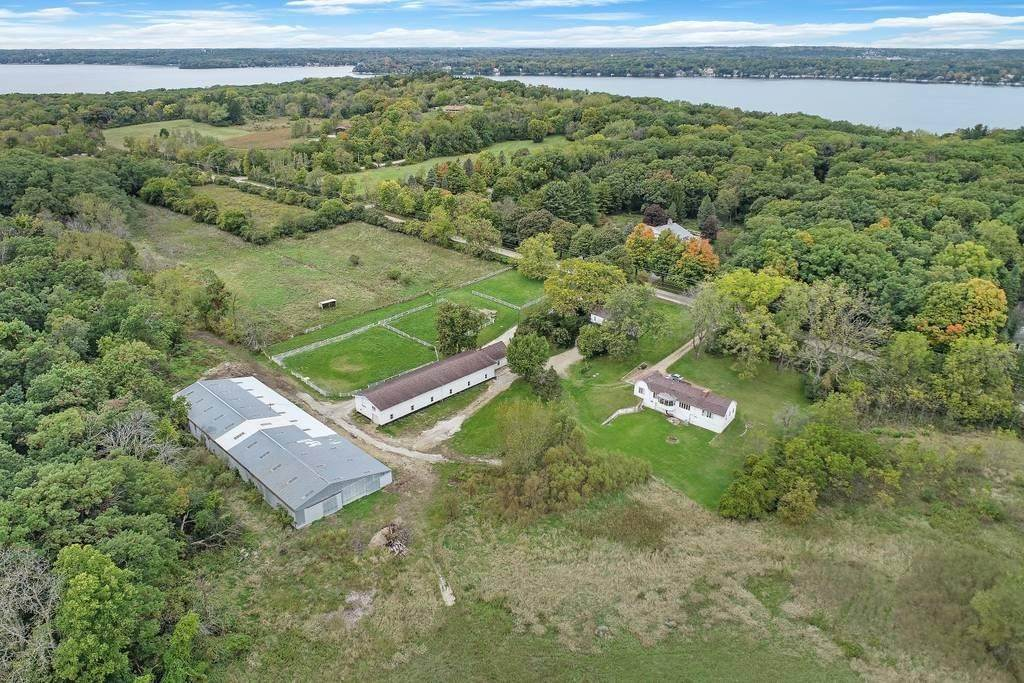 Single Family Homes for Sale at W4019 Black Point Road Linn, Wisconsin 53147 United States