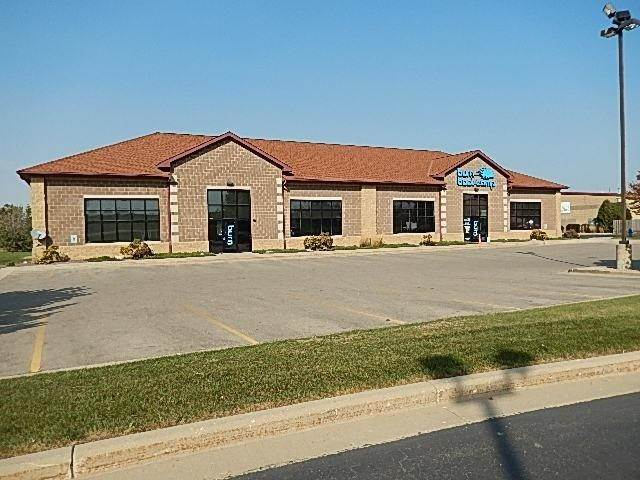 Commercial / Industrial for Sale at 7650 75th Street Kenosha, Wisconsin 53142 United States