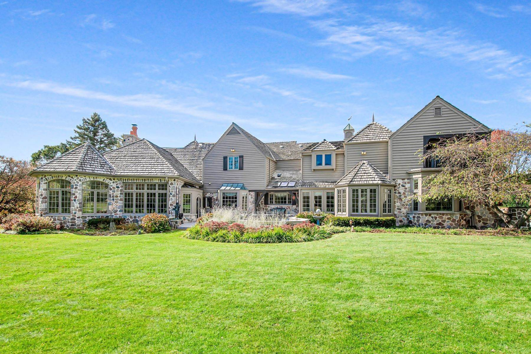 2. Single Family Homes at 5206 W. River Trail Ct. Mequon, Wisconsin 53092 United States