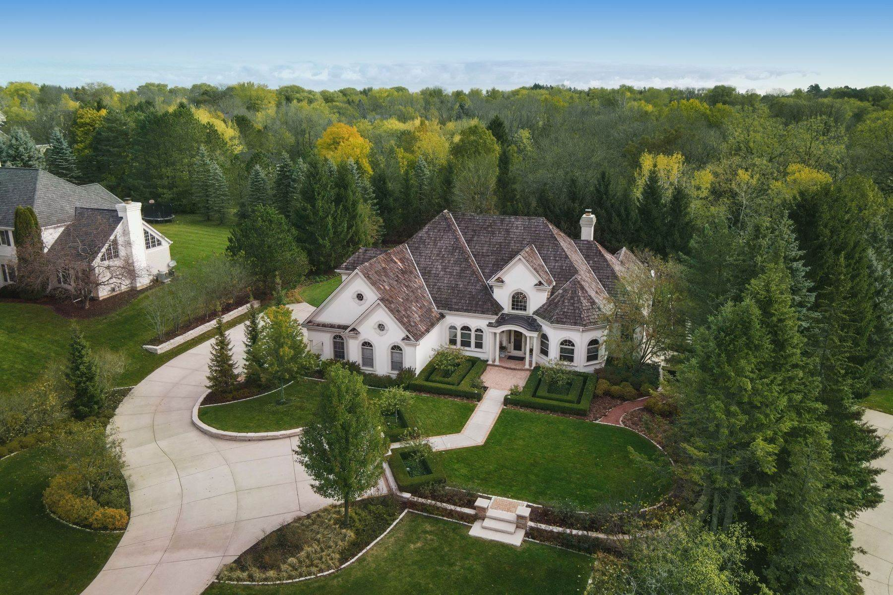 26. Single Family Homes at 10536 N. Gazebo Hill Pkwy E Mequon, Wisconsin 53092 United States