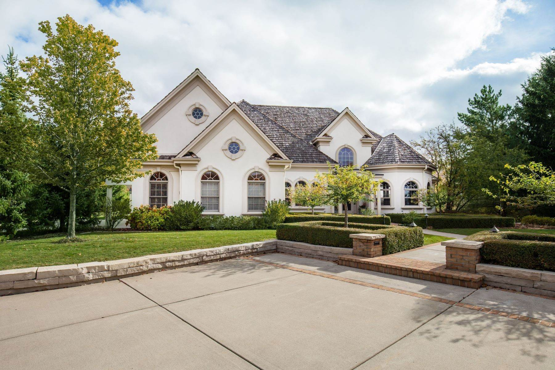24. Single Family Homes at 10536 N. Gazebo Hill Pkwy E Mequon, Wisconsin 53092 United States