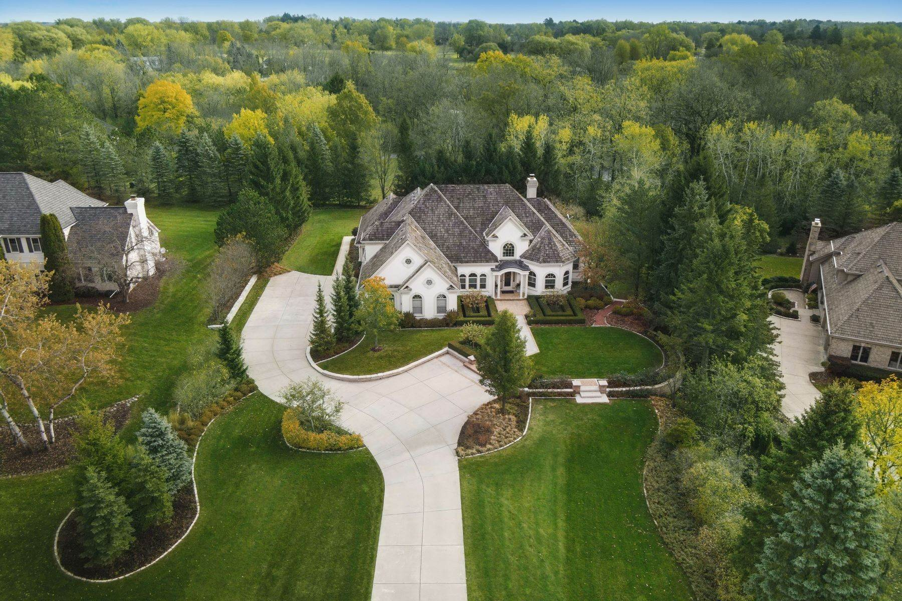 25. Single Family Homes at 10536 N. Gazebo Hill Pkwy E Mequon, Wisconsin 53092 United States